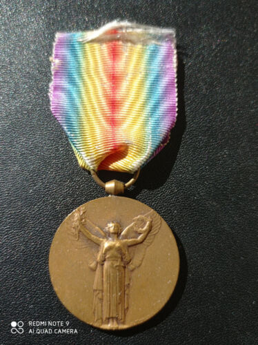 F12S) Médaille militaire interalliée guerre 14/18 cross  french medal ww1