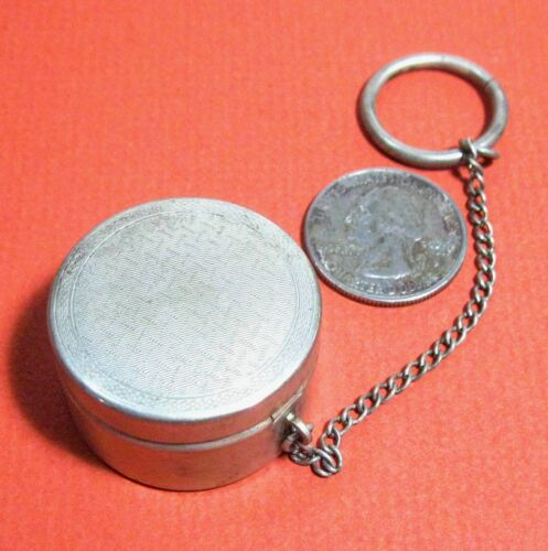 Sheffield Silver w hallmark round box w cover, chain & ring (chatelaine) ᴵ