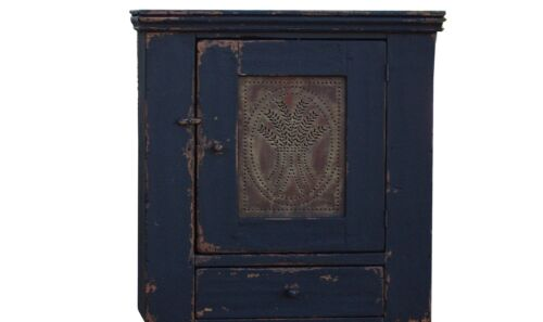 PRIMITIVE COUNTRY FARMHOUSE PINE PIE SAFE WALL CABINET CUPBOARD COLONIAL RUSTIC