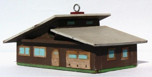 A very nice small unusual birdhouse in the style of a 1950's ranch house.