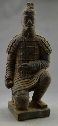 The Qin Dynasty Figures Vintage Decorated Handwork Bronze Old Soldier Statue