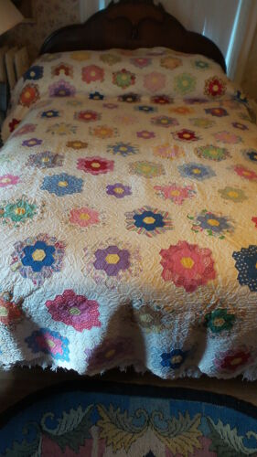 """Antique Quilt GRANDMOTHER'S FLOWER GARDEN Hand-Quilted, 82""""x98"""",Multi-Color"""
