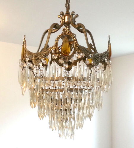 Antique Art Deco Nouveau Wedding Cake Crystal/Glass Cieling Chandelier 3 Light