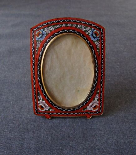 VINTAGE FLOWERS MICRO MOSAIC GOLDEN METAL MINIATURE PICTURE FRAME ITALY