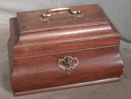 Vintage Colonial Williamsburg Reproduction Bombay Tea Caddy Mahogany Brass