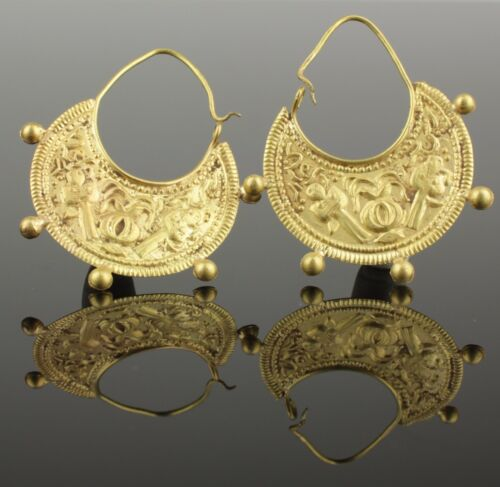 BEAUTIFUL PAIR OF ANCIENT BYZANTINE EARRINGS CIRCA - 9th Century AD
