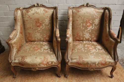 1112060 : Pair of Antique French Louis XV Gilt On Walnut Bergere Arm Chairs