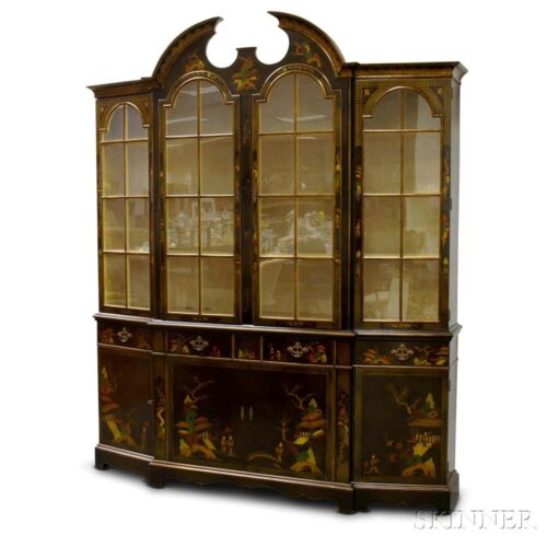 Schmieg & Kotzian Chippendale Style  Chinoiserie Lacquered & Glazed Breakfront