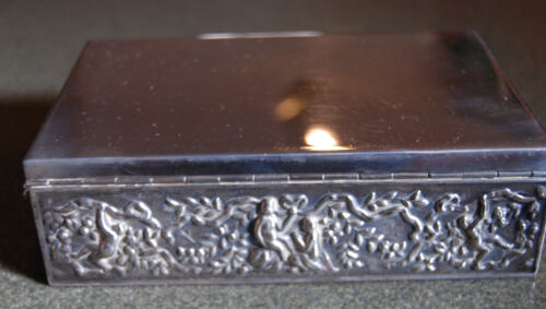 Antique WALLACE Brothers SILVER plated lovers olive vine wood jewelry hinged BOX