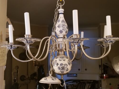 """VINTAGE BLUE AND WHITE ITALIAN FLORAL FAIENCE POTTERY 8 ARM CHANDELIER 29"""" DIA"""