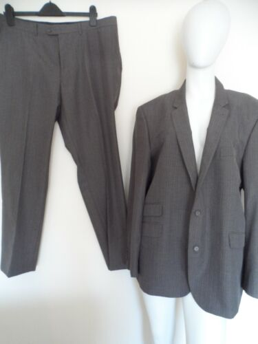 "Taylor & wright brown blue pinstriped 2-piece suit chest size 46"" waist 38"""