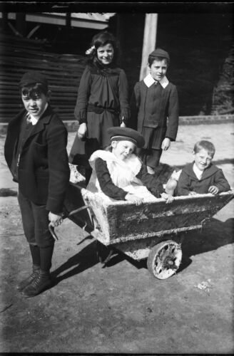 ANTIQUE NEGATIVE GLASS Film 1900 Children with decorated wagon very cute