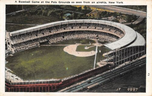 NEW YORK CITY, NY, CROWD AT BASEBALL GAME AT POLO GROUNDS OVERVIEW c 1915-30