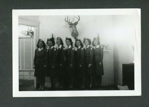 Unusual Vintage Photo WWII Women in ? Uniform 390013Photographs - 4727