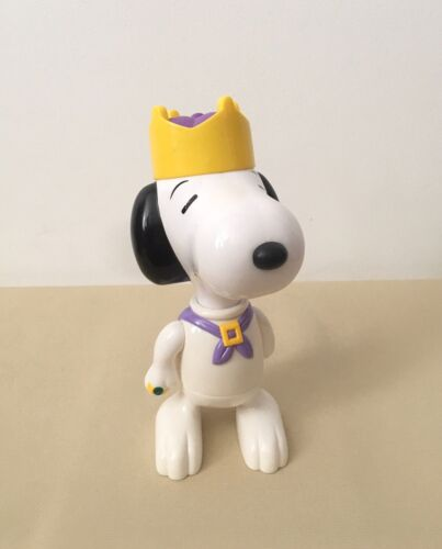 UFS McDonald's figures 2000 Peanuts Happy Meal Snoopy King Vintage Collectible