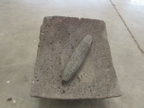 Antique Metate #34-Grinder-Rustic-Complete-Old Mexican--Primitive-14x16.5x9