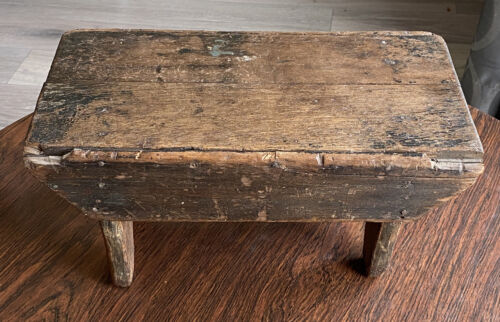 Antique Handmade Primitive Americana Folk Painted Wood Small Bench Step Stool