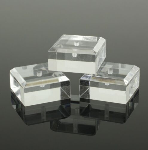 QUALITY ACRYLIC SQUARE STANDS MOUNTS