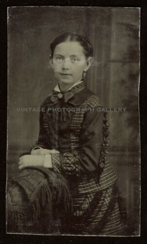 Antique Victorian Tintype Photo Young Girl Nice Pose