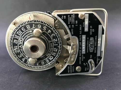 VINTAGE INDUSTRIAL TIME SWITCH CLOCK/ POWER TIMER
