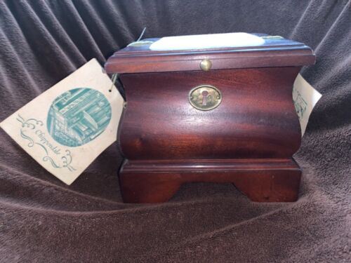 Freeman&Co. Chippendale Reproduction Needlepoint Wooden Box
