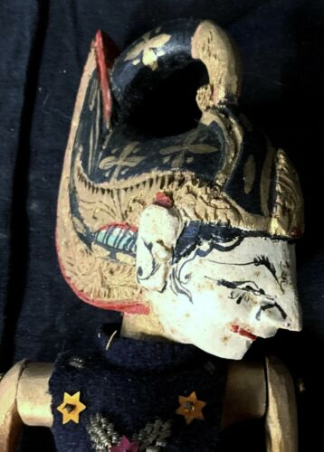 BEAUTIFUL ANTIQUE HAND PAINTED PUPPET FROM THAILAND - AMAZING DETAIL