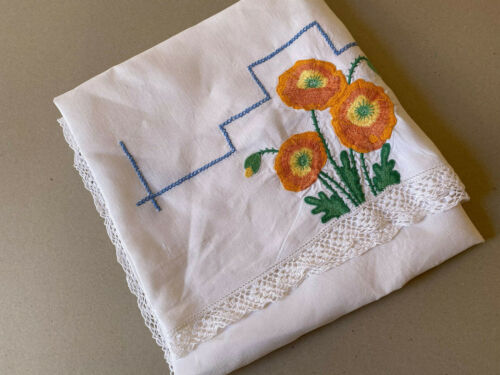 Vintage Hand Embroidered Table Linen Supper Cloth 113cms x 113cms.