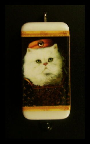 NOBLE CAT PERSIAN - DOMINO PENDANT WITH MATCHING BOX