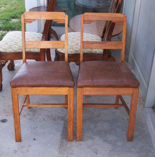 Pair of Oak Leather Seat Sidechairs Dinette Chairs  (SC60)