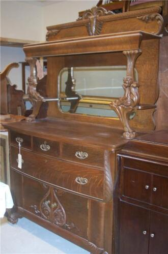 Quartersawn Oak Cherub Carved Sideboard / Buffet / Hutch
