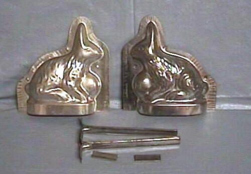 Old Metal Tin  3D RABBIT BUNNY CHOCOLATE Mold Mould 2 PC w/4 Clips/Clamps