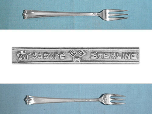 LUNT STERLING COCKTAIL FORK ~ AMERICAN DIRECTOIRE ~ NO MONO