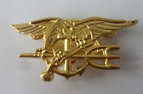 MILITARY US NAVY SEAL EAGLE TRIDENT METAL INSIGNIA BADGE PIN GOLDEN Reproductions - 156452