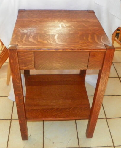 Solid Quartersawn Oak Mission Work Table / Side Table  (T494)