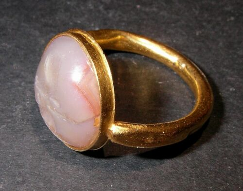 Wonderful Roman Gold ring with Deer and Scorpion Intaglio