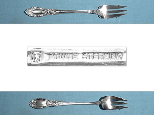 TOWLE STERLING OLD STYLE PICKLE FORK ~ KING RICHARD ~ NO MONO