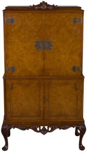 Queen Anne Antique Style Walnut Bar Liquor Cabinet Drinks Storage Walnut Locking