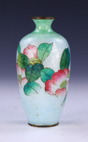 A JAPANESE ANTIQUE JINBARI CLOISONNE ON BRONZE VASE, 19th CENTURY