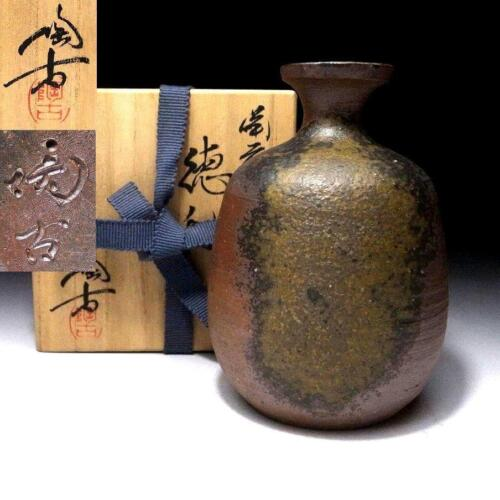 YG6: Vintage Japanese Sake bottle, Bizen ware by 1st Class Potter, Toko Konishi