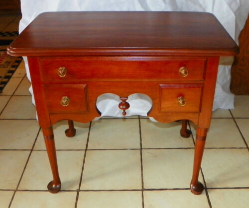 Solid Cherry Pennsylvania House Server / Silverware Chest  (DR84)