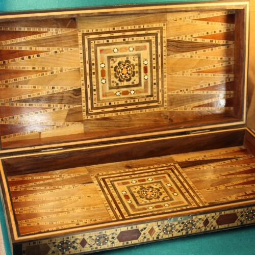 Vintage Marquetry Parquetry Wood GAME BOX Large Folding Board Case Inlay Inlaid