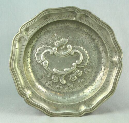 """! Antique 1700's French Pewter Rococo Ornate Plate 9"""" w. Blank Cartouche"""