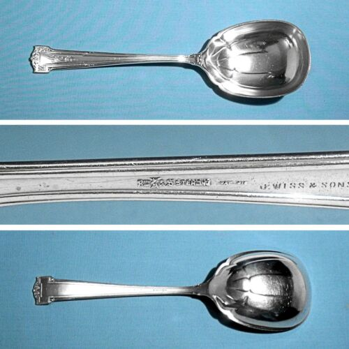 "WALLACE STERLING 8 5/8"" BERRY / CASSEROLE SPOON ~ DAUPHINE ~ MONO MCF"