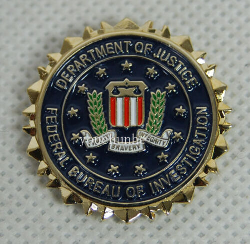 FEDERAL BUREAU OF INVESTIGATION DEPTMENT OF JUSTICE HAT OR LAPEL PIN -32558Reproductions - 156452