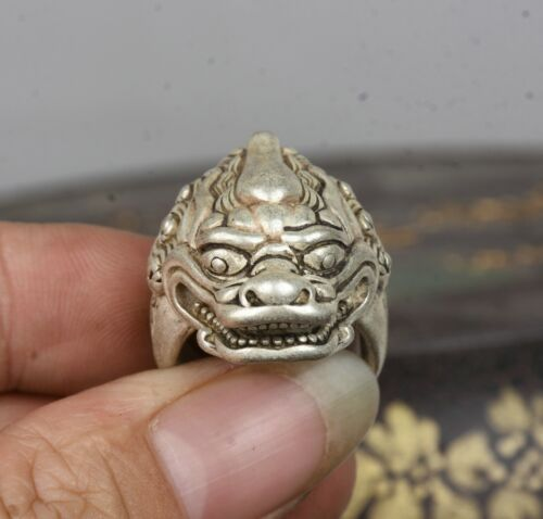 3.1CM Old Chinese Miao Silver unicorn Beast Head Beast Jewellery Hand Ring