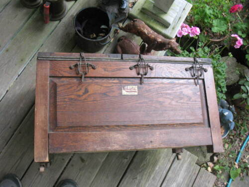 Old Caloric Fireless Cook Stove Model No.2 Heavy Oak Case 3 Heating Soapstones