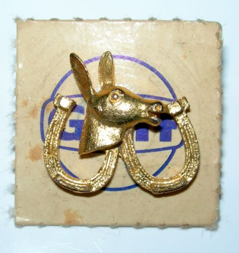 Gulf Gas /& Oil Extra Kick Vintage 1960/'s Horseshoe Lapel Pin or Tie Tack