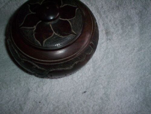 Vintage African carved Wood Trinket Bowl with Lid  Tourist piece