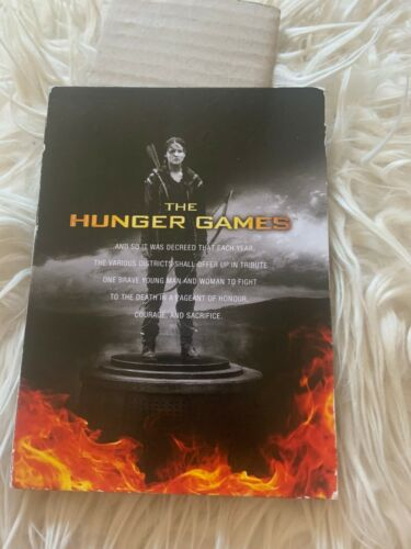 THE HUNGER GAMES DVD. 3 DVDS
