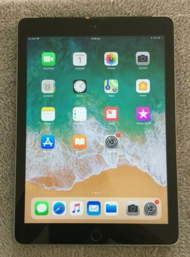 Apple iPad 5th Gen 9.7in 32GB Wi-Fi + 4G Space Gray Unlocked Excellent Condition